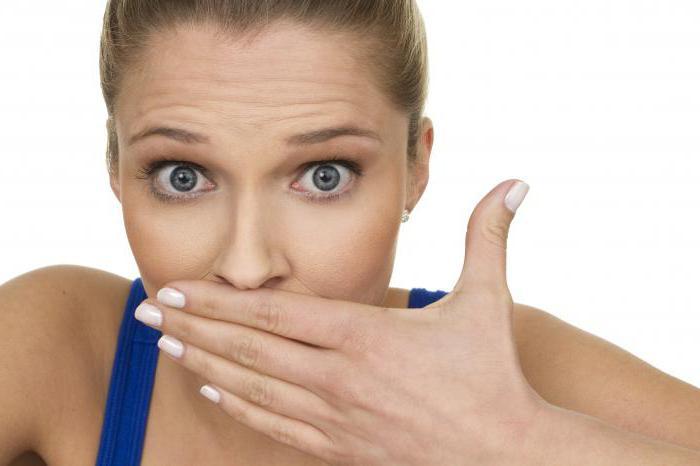 a cukorka szaga a szájból