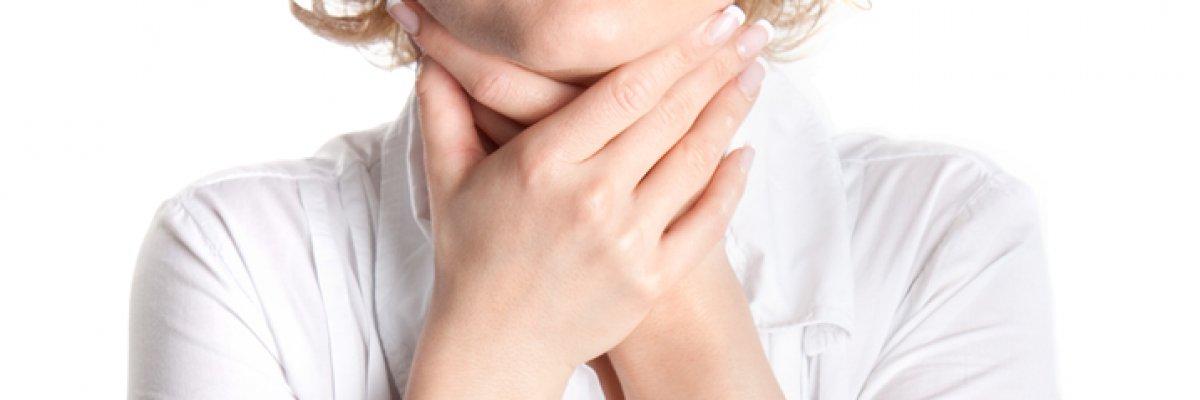 Légzést okoz a torokban